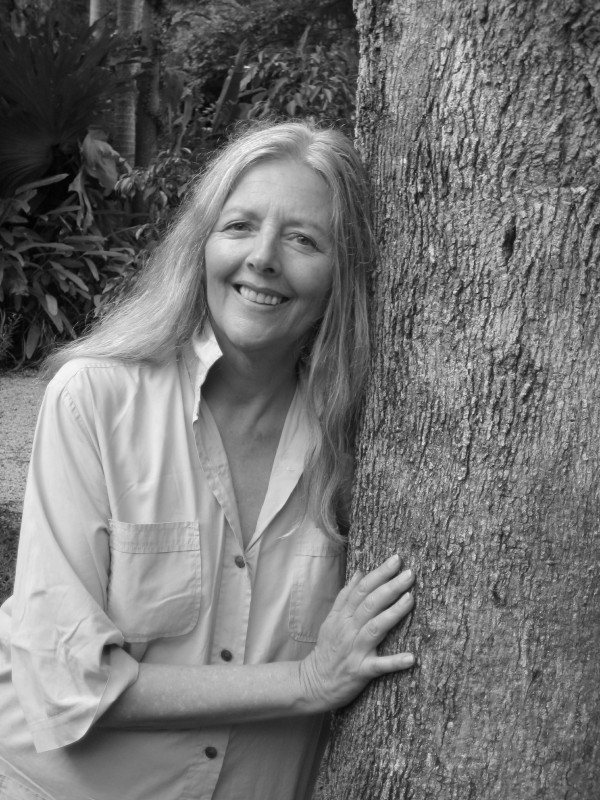 Helena Norberg-Hodge. Photos courtoisie d' International Society for Ecology and Culture